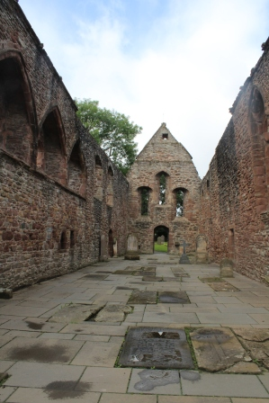 Beauly Priory (11)