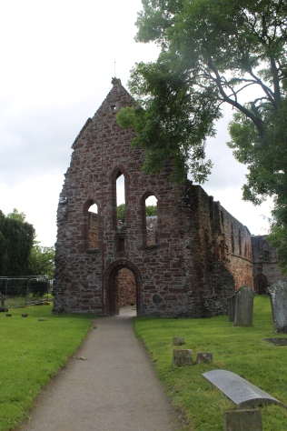 Beauly Priory (2)